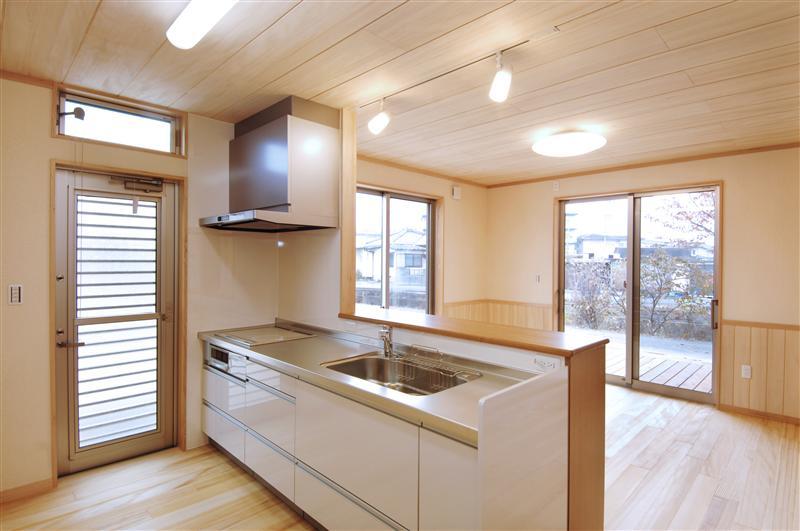 開放感のあるキッチン~リビング空間