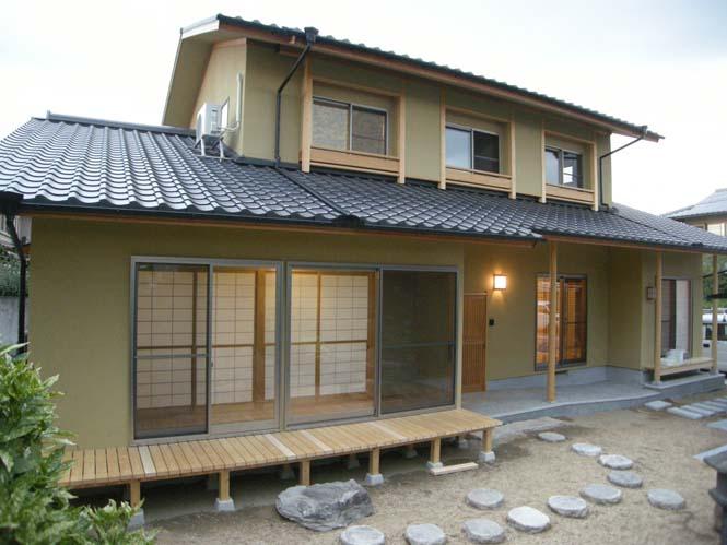 株式会社なんば建築工房『庭園を生かした和みの家(二世帯住宅)』