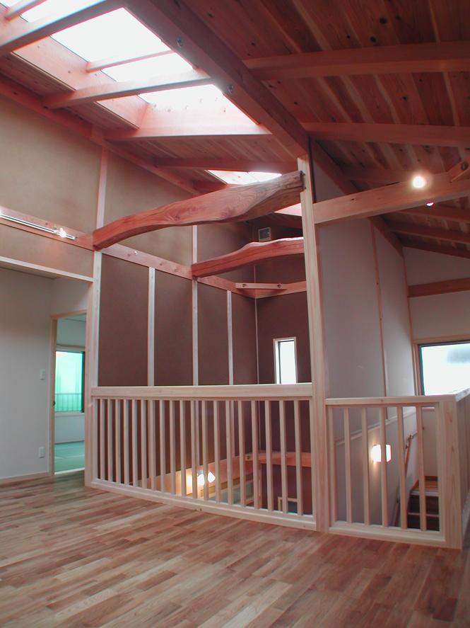 株式会社なんば建築工房『光のさす渡り廊下のある家』