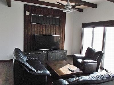 お手持ちの家具に雰囲気を合わせたリビングです。