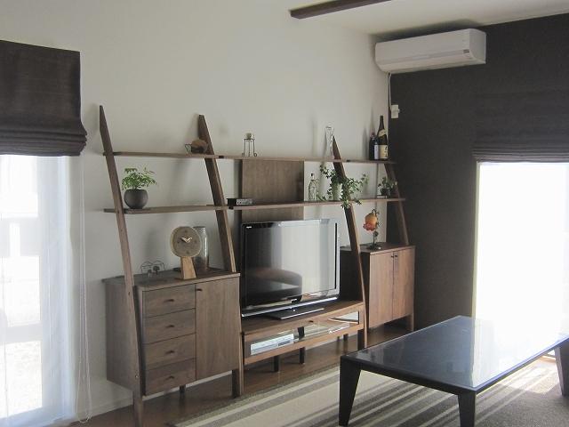 お気に入りの家具の雰囲気に合わせたリビング。