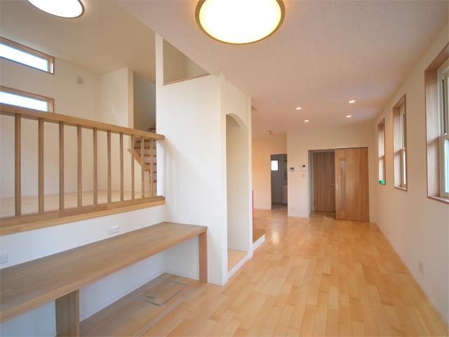 広々としたワンフロアの1階は、お子様と過ごされる時間を大切にした空間です。
