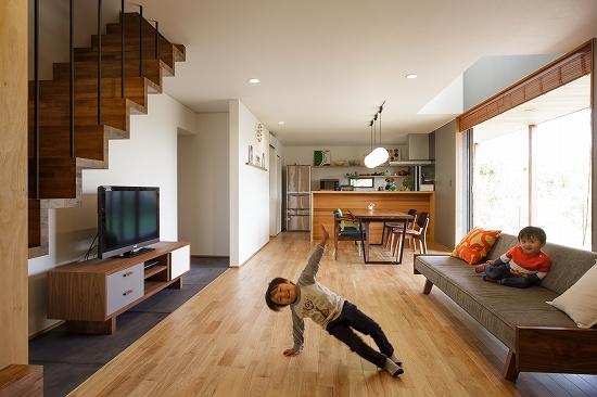 ご夫婦のセンスが光る家具は見事に空間に溶け込んでいる