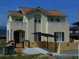 ユーセイ建設株式会社 「南欧風住宅 南プロバンスの家」