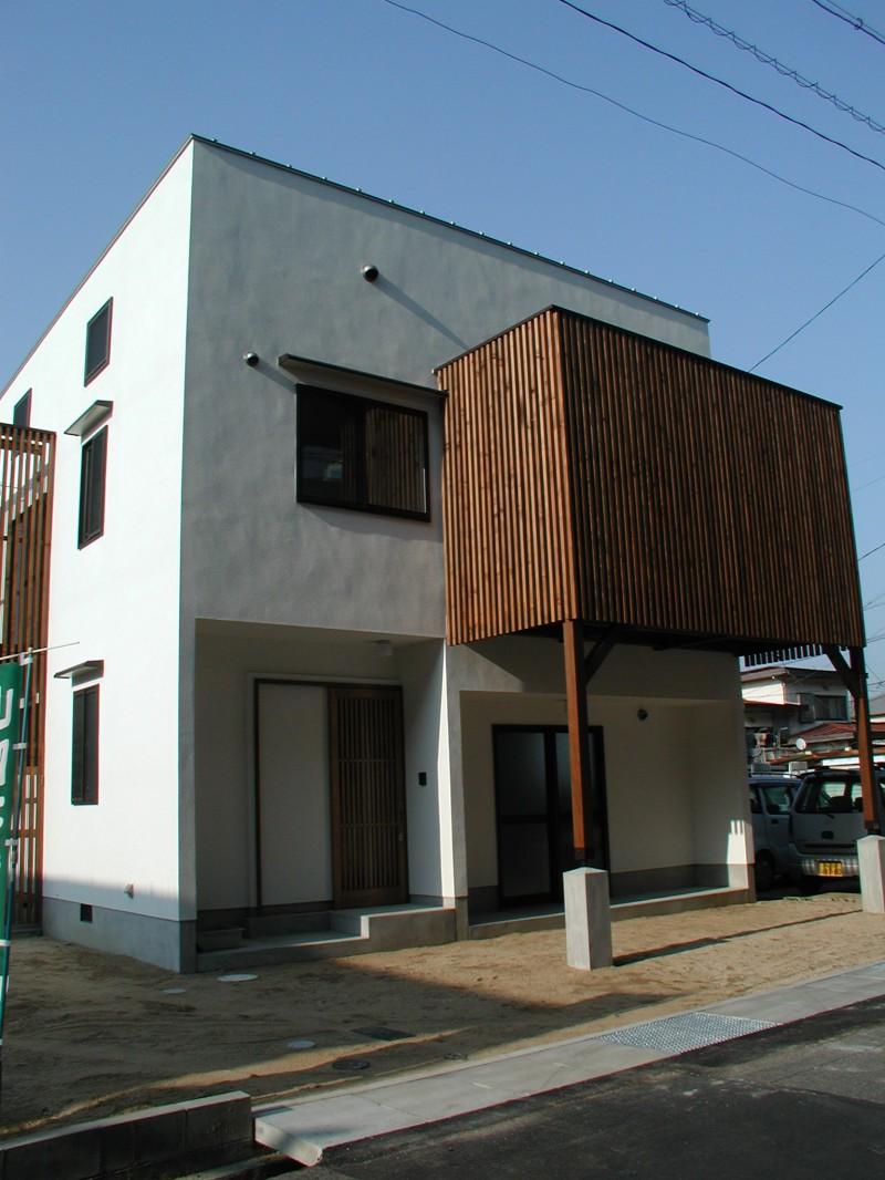 ユーセイ建設株式会社 「太い梁と吹き抜けのある家」