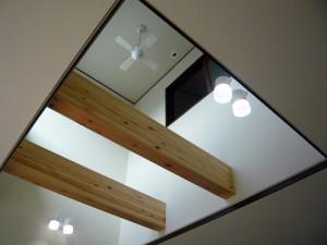 化粧梁の天井