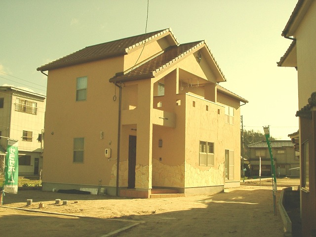 サラサホーム福山株式会社アペル 「南欧風スタイルの家」