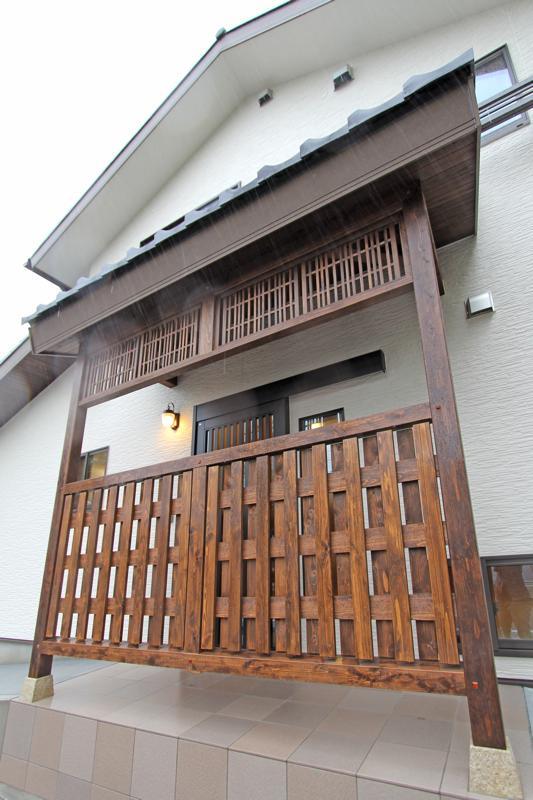 株式会社永見工務店『街道沿いに建つ家の趣を大切にした造作壁』