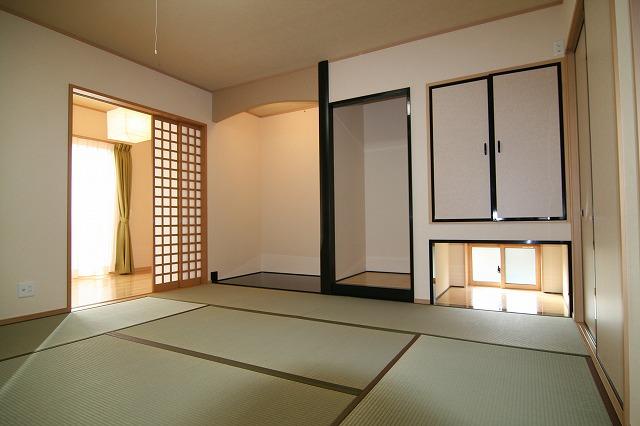 8帖間の広い和室。