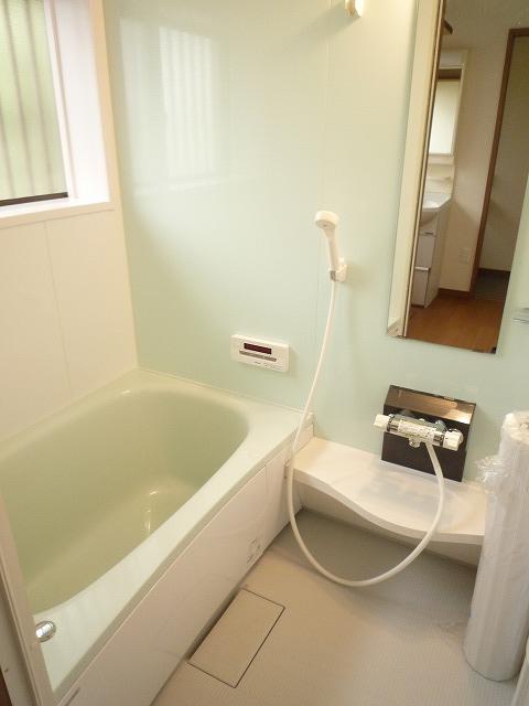 お風呂もこの通りピッカピカです!