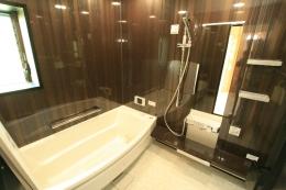 ユニットバス お湯が冷めにくくこれからの季節に嬉しいお風呂になりました。その他にも、汚れがつきにくくお掃除もしやすいです☆