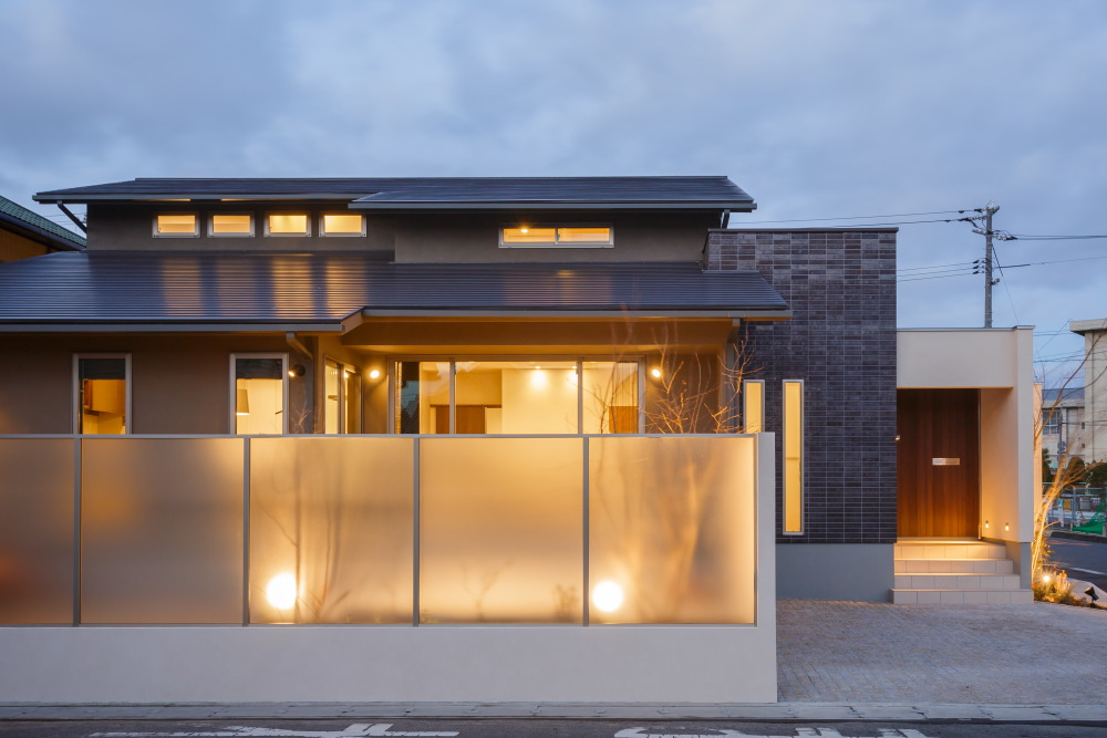 設計工房枻株式会社 『コートのある家』
