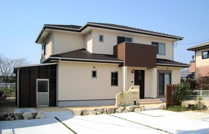 髙山産業株式会社『日本伝統の和室の続き部屋。三枚戸開放で32帖の大広間に』