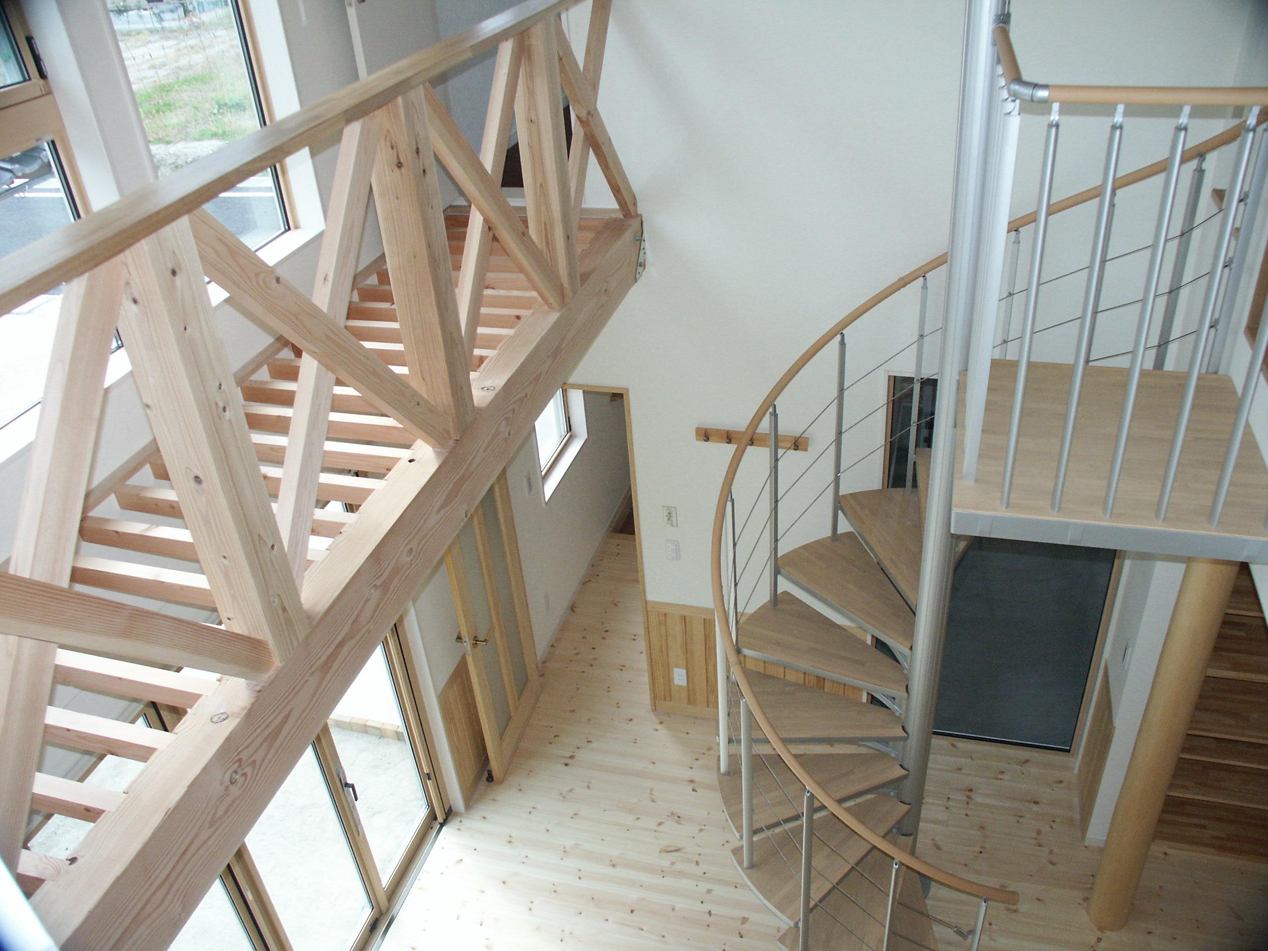 株式会社上山住建 『木の温もりと光の溢れる健康的な住宅』
