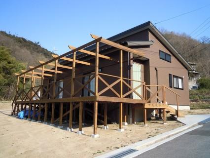 小堀建設株式会社 「西部劇シェーンのイメージで畑がある家」