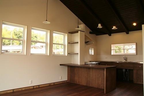 株式会社トピア『手づくりキッチンの家』