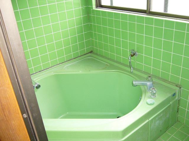 施工前:浴室。