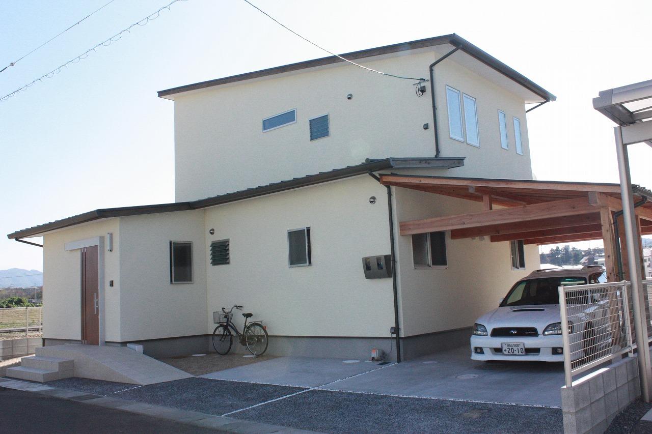 有限会社高島建設『茶屋町の家2~ガレージ併用住宅~』