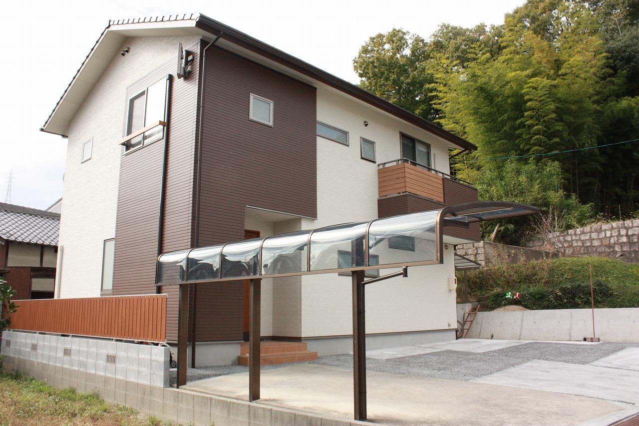有限会社高島建設『谷万成の家 ~ガレージ併用住宅~』