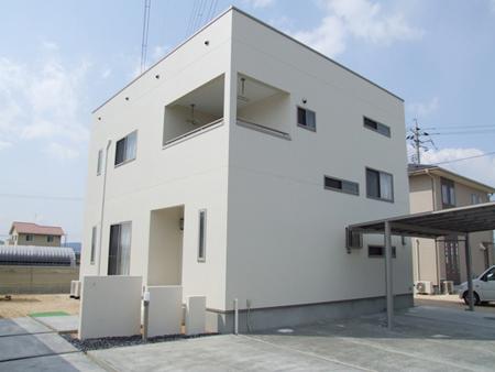 株式会社近藤建設興業『「白い箱」キューブの家』