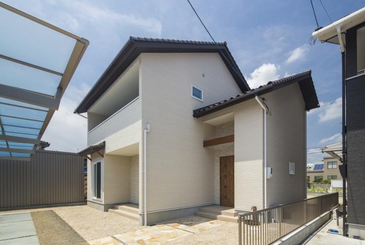 サンキョウハウジング株式会社 『収納や家事動線にこだわった自然素材のやさしい家』