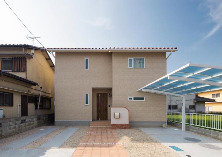 サンキョウハウジング(株):自然素材をふんだんに取り入れた家。