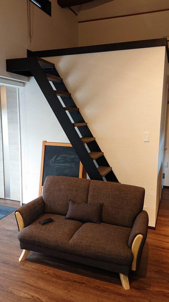 リビング 階段